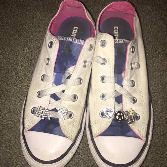 25ccb9af3112 Converse Other - Converse chuck Taylor s size 2.5 girls